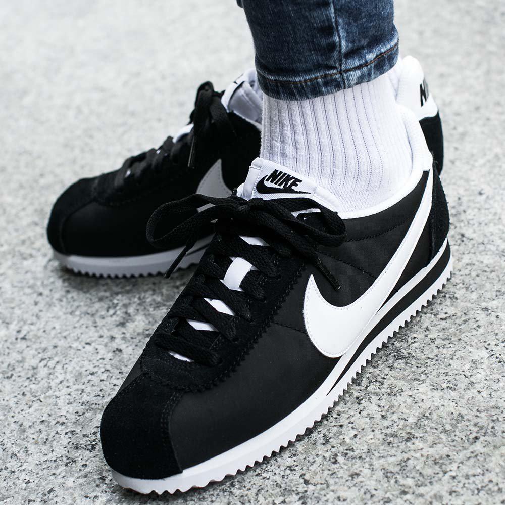 61327d54 Оригинальные женские кроссовки Nike Classic Cortez Nylon