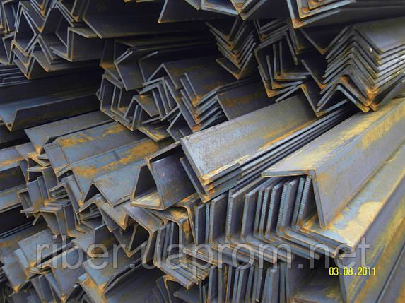 Металлический уголок 32х32х4 мм, фото 2