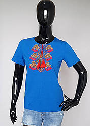 Вышитая футболка с калиной