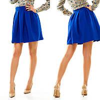 Женская короткая юбка со складками и с потайной молнией