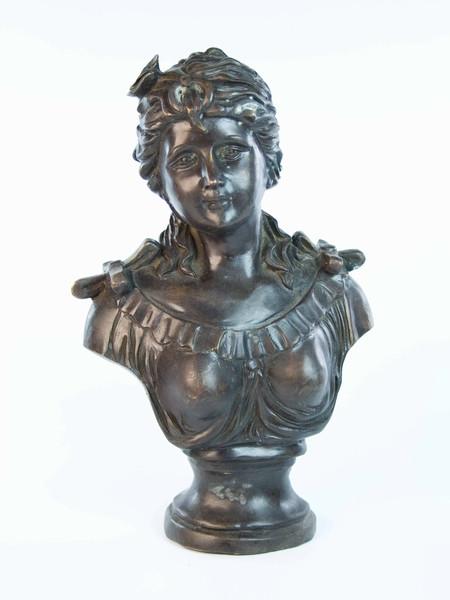 Статуэтка из бронзы Девушка