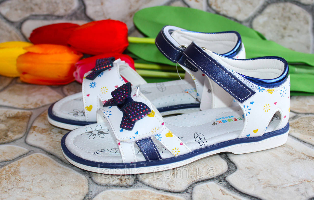 Летние детские босоножки для девочки