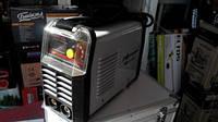 Сварочный инвертор Луч Профи MMA-250 мини алюминиевый кейс