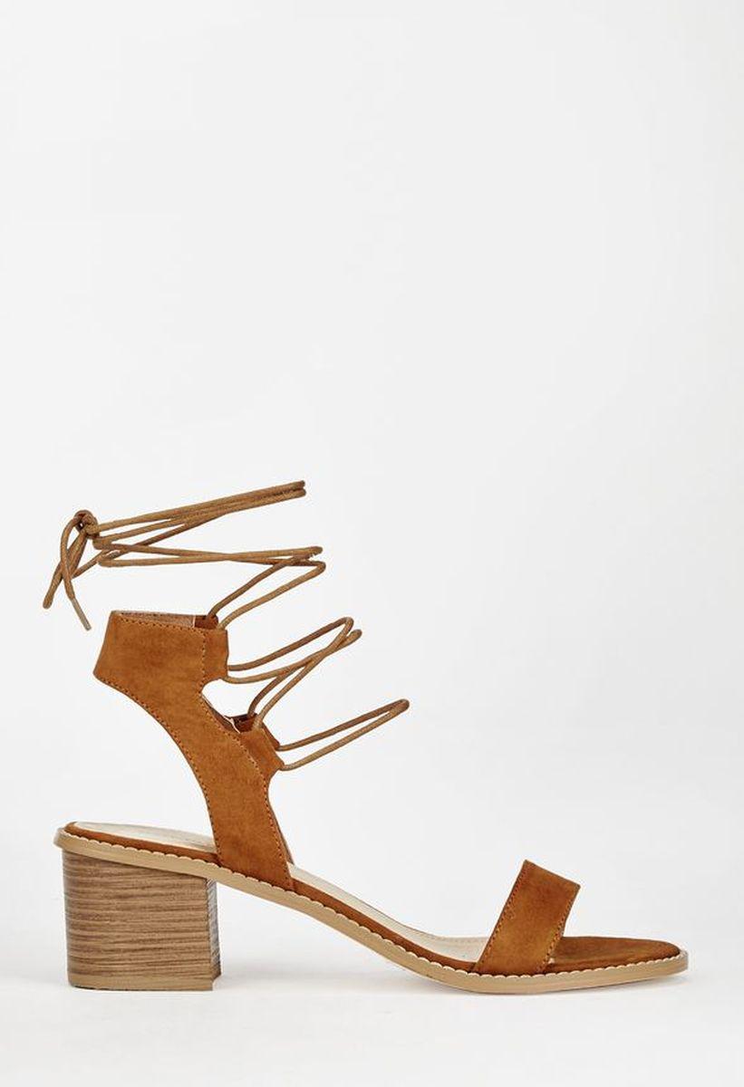 Женские босоножки на каблуке JustFab Womens Daphney Cognac