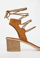 Женские босоножки на каблуке JustFab Womens Daphney Cognac, фото 3