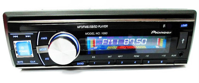 Автомагнитола универсальная Pioneer 1093 USB флешки + SD карты памяти + AUX + FM (4x50W)