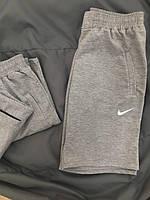 Мужские серые шорты Nike