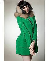 Зимний женский пуховик с капюшоном
