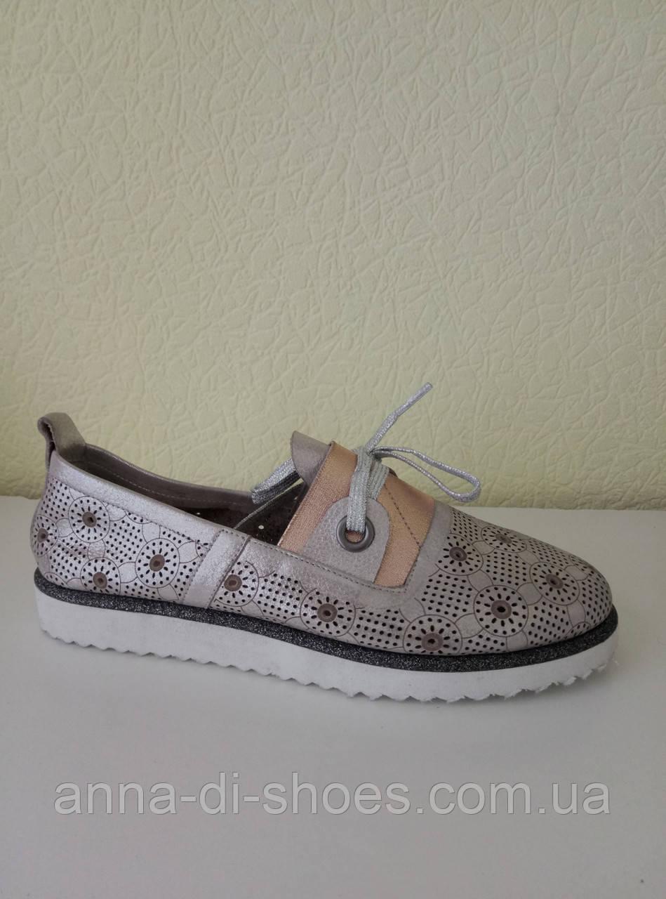 8db29fbc26e0 Летние спортивные туфли женские оптом