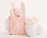 Чехол для смартфона iphone 7 ручной работы кролик розовые цветы ткань
