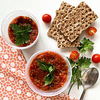 Холодний суп - смачна перша страва для літа