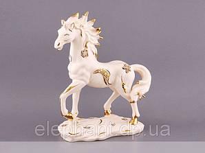 """Фарфоровая статуэтка """"Лошадь"""" 36 см"""