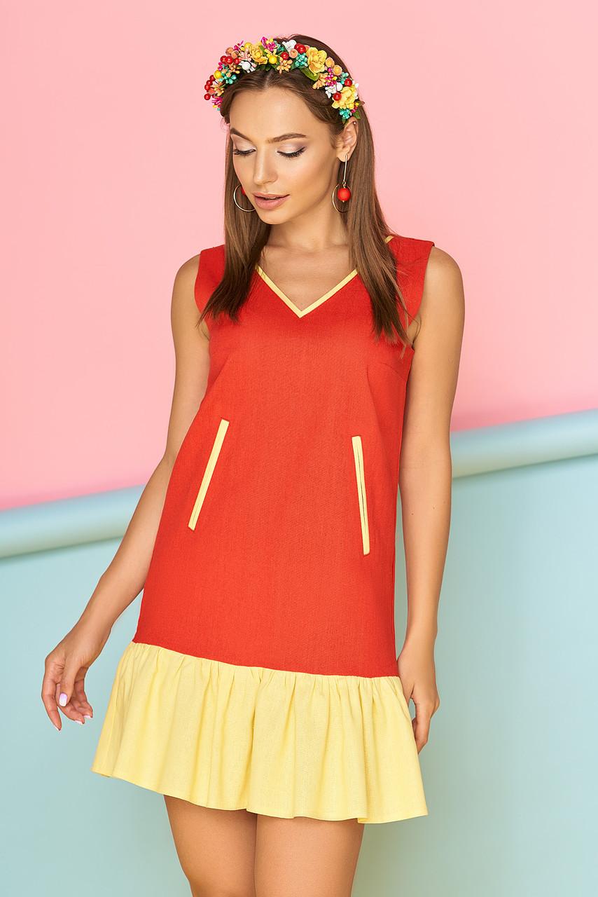 Красивое платье короткое без рукав прямого кроя с карманами и рюшами красное с желтым