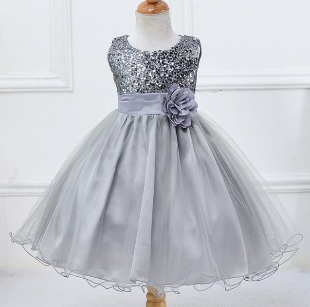 Платье серое праздничное выпускное нарядное для девочки за колено.