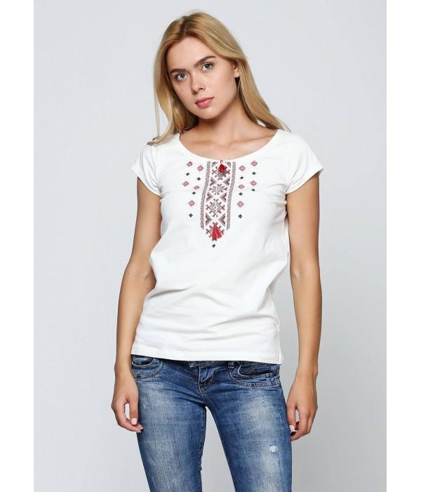 Вишита футболка. Жіночі вишиванки. Стильні вишиванки. Українські сорочки.