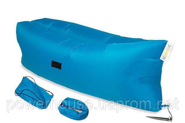 надувной диван на море