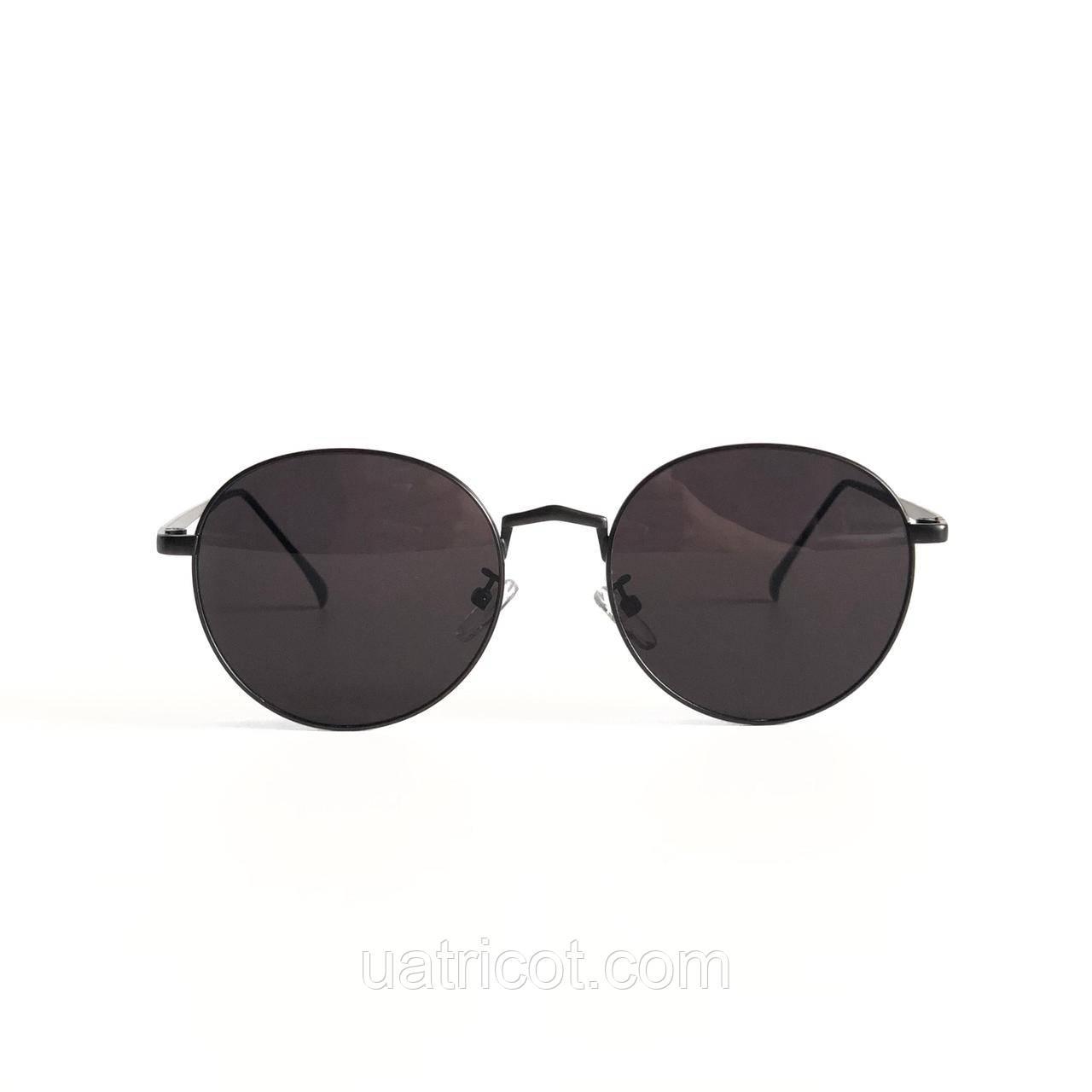 Мужские круглые солнцезащитные очки в чёрной оправе с чёрными линзами