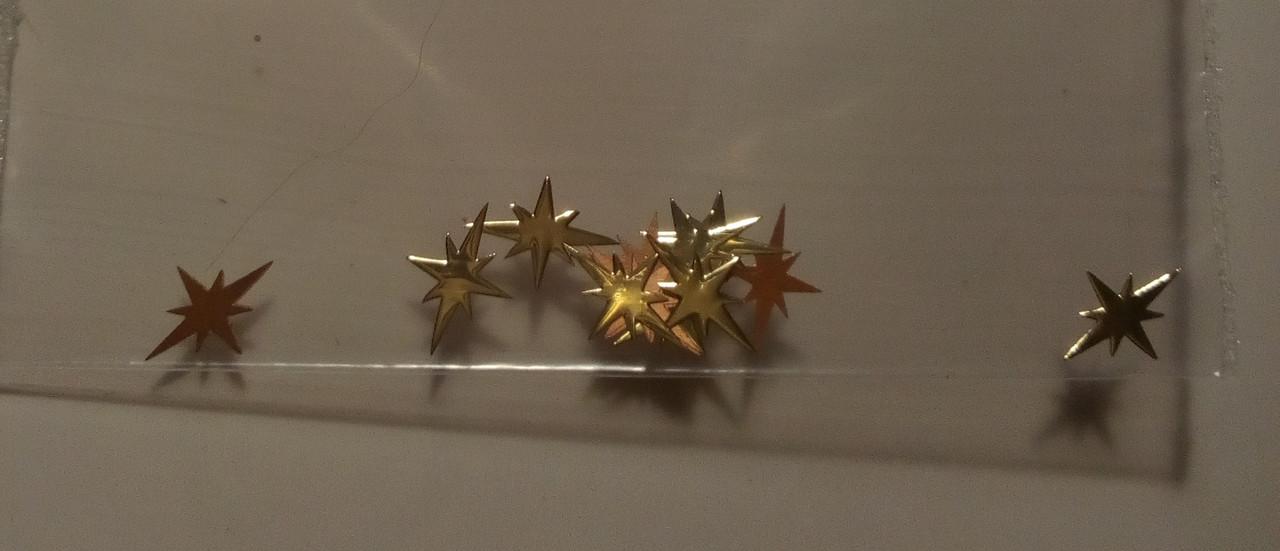 Фигурки для дизайна ногтей металлические звездочки 3