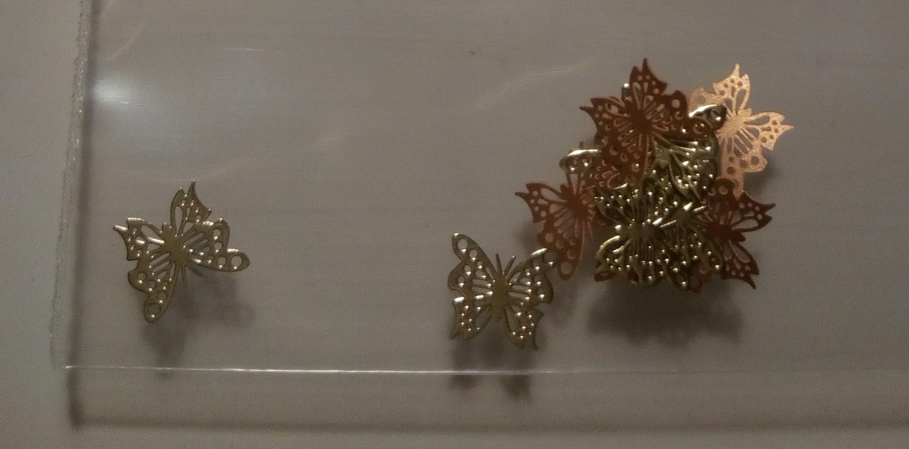 Фигурки для дизайна ногтей металлические бабочки 2