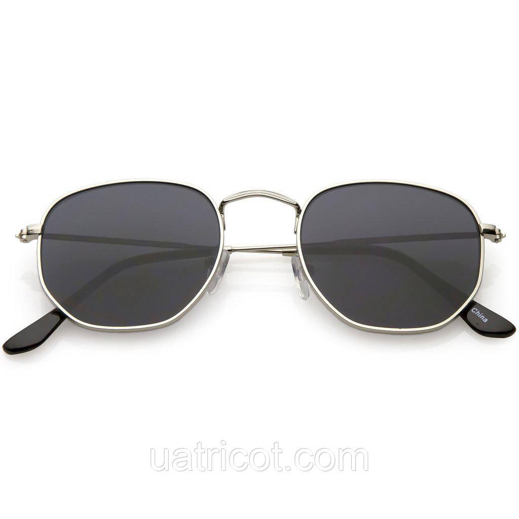 Мужские солнцезащитные очки шестигранники в серебряной оправе со смоки линзами