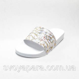 Тапочки женские шлёпанцы белого с золотым цветом из натуральной кожи на термополиэстеровой плоской подошве