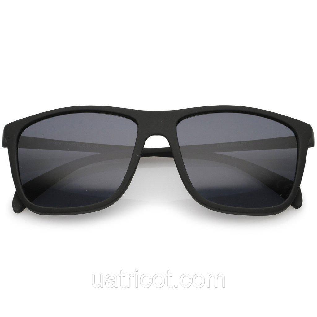 Мужские квадратные солнцезащитные очки в чёрной матовой оправе
