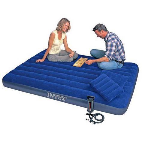 Двухспальный надувной матрас Intexс с насосом и подушками, 152х203 см, надувная кровать, воздушный матрас, фото 2