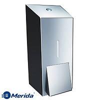 Дозатор жидкого мыла из полированной нержавейки 800 мл. Merida Stella Maxi, Польша