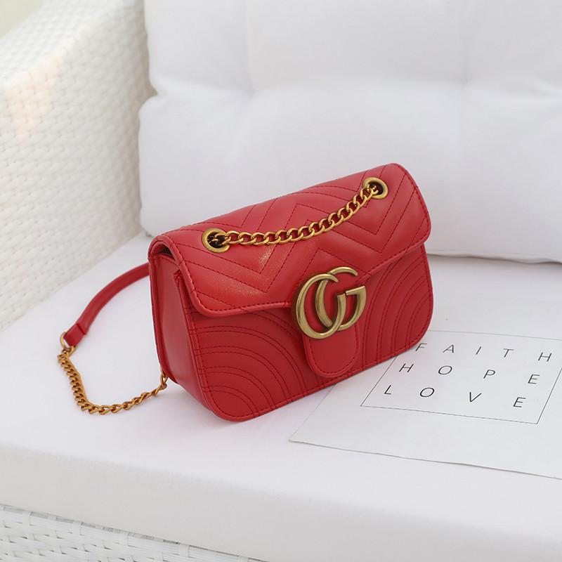 Новинка! Стильная женская сумка Gucci GG Marmont красного цвета - ON store  в Львове 3342ebc9b7c