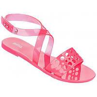 Женские ярко-розовые пахнущие босоножки  бразильского бренда Melissa, фото 1