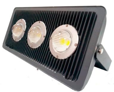 Промышленный светодиодный прожектор на лире, 3 линзы, мощность 125 Вт