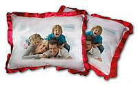 Атласная подушка прямоугольная с цветными рюшами с Вашим фото