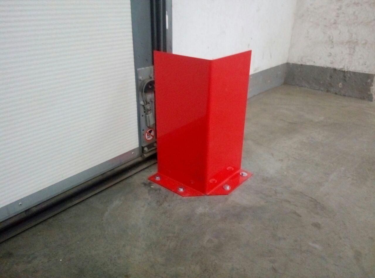 Відбійник металевий 400х200