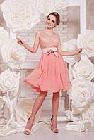 Коктейльное женское платье с гипюром