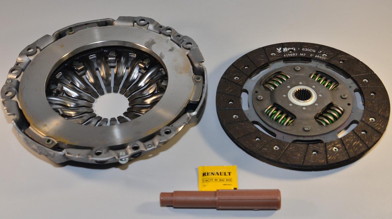 Комплект сцепления на Renault Trafic II 2006->2014 2.0dCi+2.5dCi — Renault (Оригинал) - 8201516550