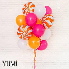 Яркий букет из 20 воздушных шариков на подарок для подруги