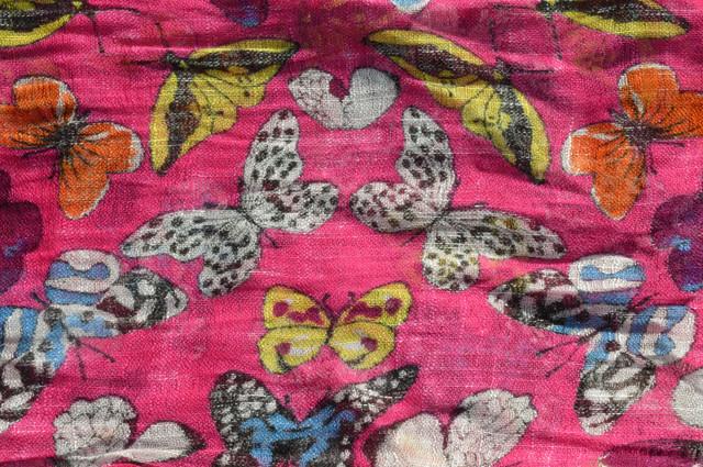Женский малиновый шарф из льна фото 3