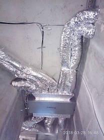Пример прокладки гибких утепленных воздуховодов от канального блока кондиционера скрытого монтажа, в разные помещения.