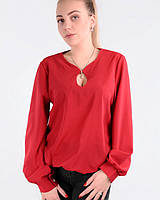 Женская блузка красного цвета