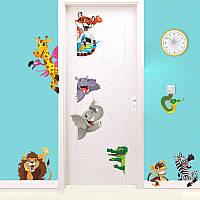 Наклейка виниловая на дверь Животный мир