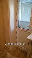 """Если нужно установить окно с откосами, то мы используем откосную систему """"Qunell"""" Белорусского производства. Откосы """"Qunell"""" - это практично, надежно и эстетично!"""