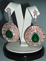 Шикарные Серьги с зелеными камнями. Идеально подойдут под вечернее платье. СКИДКА -20% Спеши!