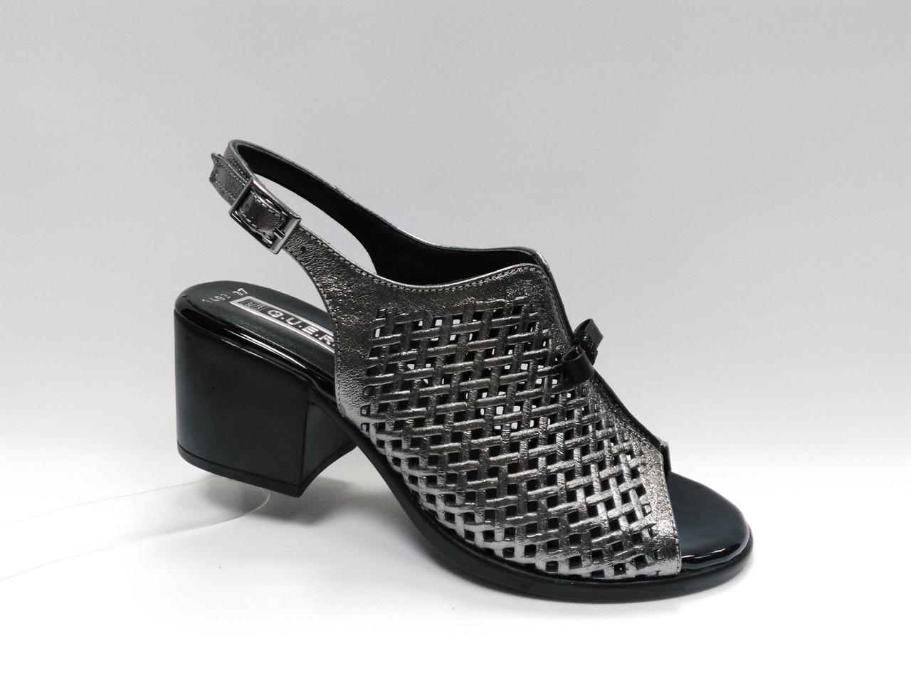Босоножки кожаные на каблуке. Турция.