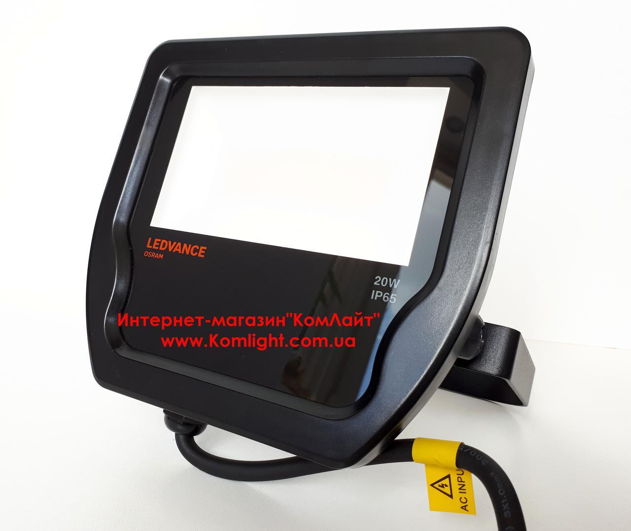 Прожектор светодиодный LEDVANCE LED Floodlight 20W/3000K 2000Lm 230V IP65 Black