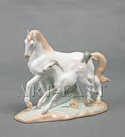 Статуэтка фарфоровая Пара лошадей 19 см XA-73