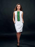 Платья белое вышитое с зеленой вышивкой