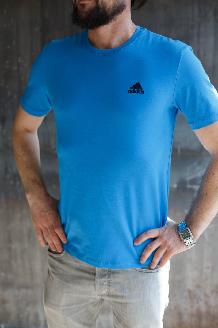 Футболка мужская Adidas.