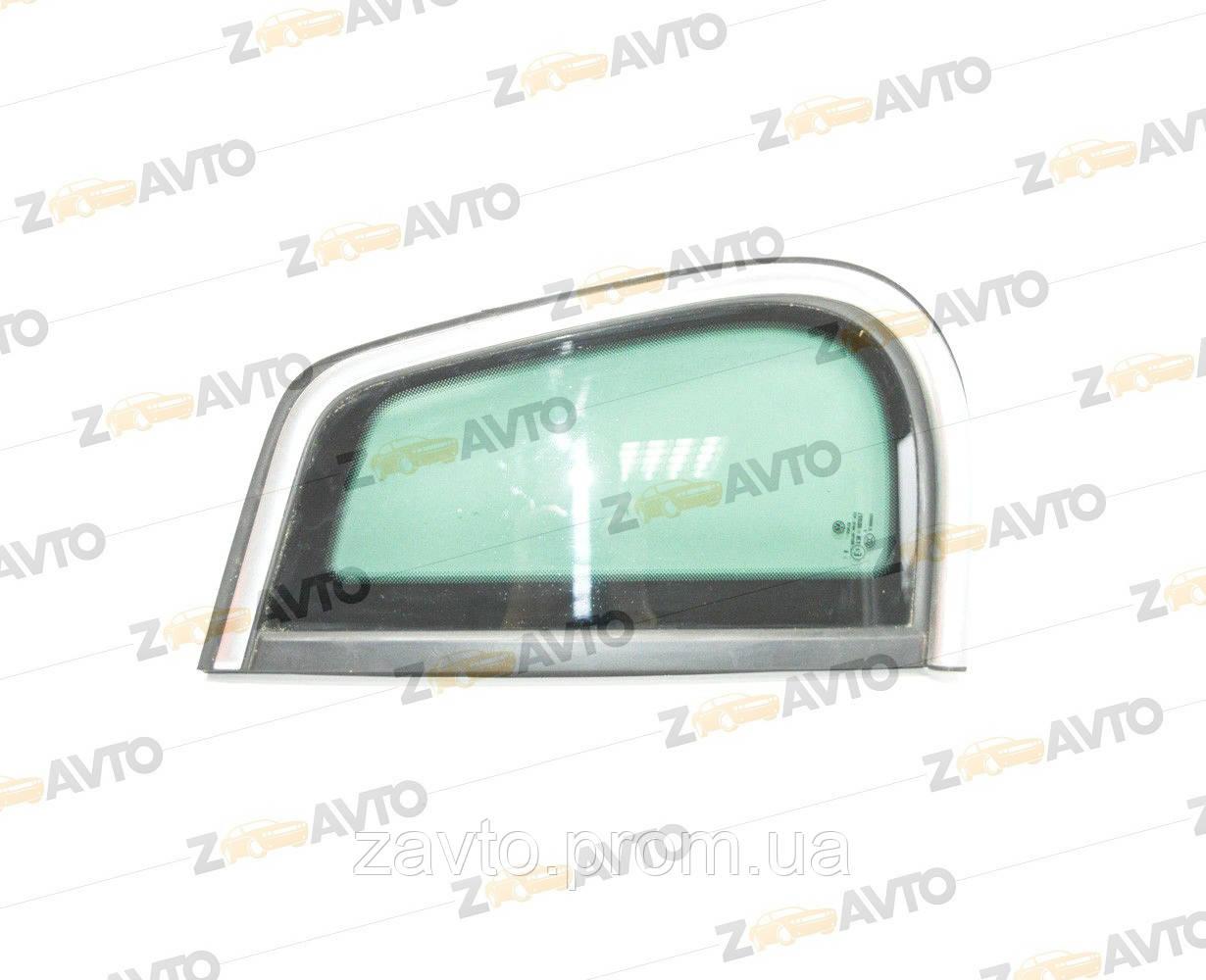 Стекло боковое левое с хромированным молдингом VW Tiguan Фольксваген Т