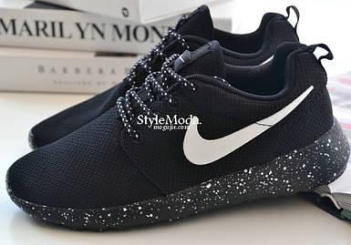 Женские и мужские кроссовки в стиле Nike Roshe Run