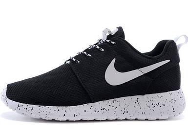 Женские кроссовки в стиле Nike Roshe Run